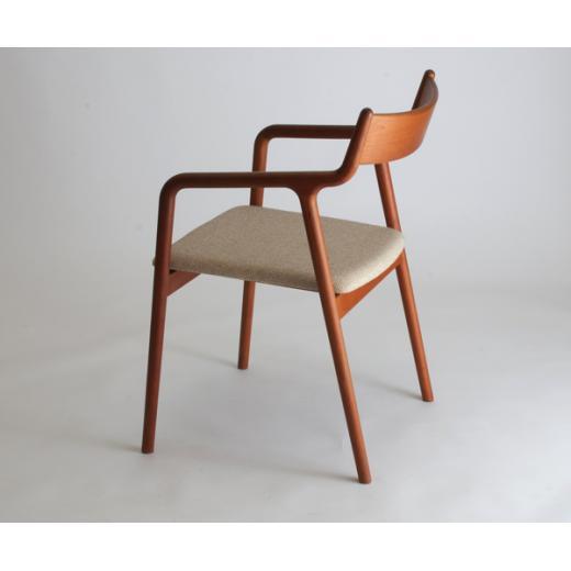 宮崎椅子製作所 PePe arm / side Chair ※実施日未定ですが価格改定いたします