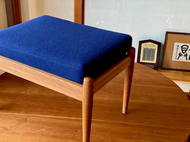 宮崎椅子製作所 Paper knife ottoman ※実施日未定ですが価格改定いたします